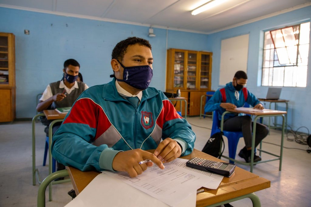 Pupils at Rosendaal Senior Secondary in Delft, Cape Town, during the Covid-19 pandemic.